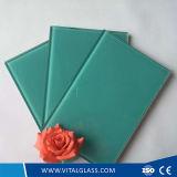 教会ステンドグラスのための着色されたか、または染められた青い塗られたガラス