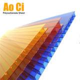 Haute Transmission de la lumière de l'architecture moderne de serres en polycarbonate