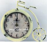 Antigüedades bicicletas Crema decorativa vintage de metal de forma de reloj de mesa