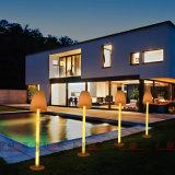 新しいLEDの屋外の家具カラー防水IP67を立てる変更の床ランプ