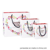 Подгонянная высоким качеством белая сумка бумаги подарка для благодарит