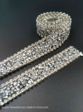 신부 아플리케 결혼 예복 훈장 (TS-047)를 위한 명확한 유리제 모조 다이아몬드 손질 메시 Strass 사슬 수정같은 밴딩