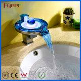 Mélangeur en laiton artistique de taraud de lumière de robinet d'eau du robinet DEL de salle de bains de qualité de Fyeer