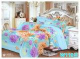 La literie en coton blanc Poly plaine de jeu de collections de l'hôtel Le linge de lit