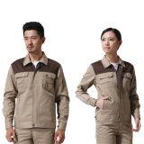 Twill 65%Polyester und 35%Cotton für das Bearbeiten der konstanten Arbeitskleidung mit 230GSM