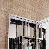 高い等級はLEDが付いている304ステンレス鋼の浴室ミラーのキャビネットを防水する