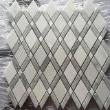 Estrella del grado de la tapa del diseño interior y precio de piedra de mármol blanco del mosaico de Carrara para la venta