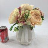 Bonsai di ceramica eleganti bianchi dei fiori artificiali