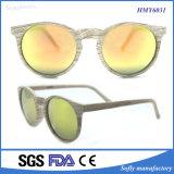 2017 Óculos de sol polarizados de moda de grãos de madeira de estilo novo