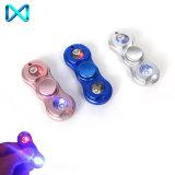 주문 로고 LED 가벼운 새로운 디자인 금속 싱숭생숭함 방적공 LED 손 방적공