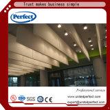 Plafond tégulaire matériel décoratif de cloison acoustique de panneau de plafond suspendu de bord