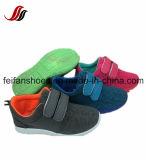 Usine de chaussures occasionnelle de sport de chaussures de toile d'injection d'enfants (FFCS-21)