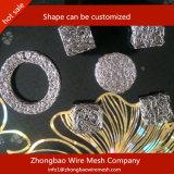 Treillis métallique tricoté en tant que des isolants de bouclier thermique et amortisseurs de vibration