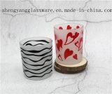 ロウソクの蝋燭のコップはロウソクの祝祭の装飾を曇らした