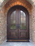Quadratische oberste bearbeitetes Eisen-doppelte Türen mit ausgeglichenem Glas