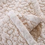 Couvertures de lit légères ultrasoniques de literie d'été de chameau estampées par coton 100%