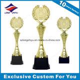 Coupe de trophée en métal