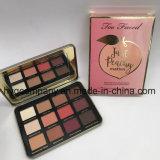 También se enfrentan sólo Peachy Velvet Matte 12 colores de la paleta de sombra de ojos