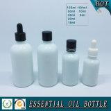 Bouteille d'huile essentielle en verre blanc opale