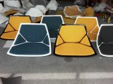 家具製造販売業のガラス繊維の回転式待っている椅子