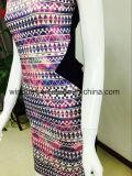 Modernes vernünftiges Kleid der Frauen mit Sicherheitskreis