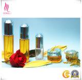Soins de la peau de mode empaquetant la bouteille cosmétique de sérum