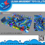 屋内新式の魅力的な子供の運動場(T1603-7)