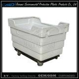 На заводе для литьевого формования ротации пластмассовый контейнер с BV