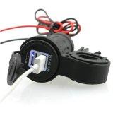 Plot de sortie de port de pouvoir de chargeur de la barre USB de traitement de moto