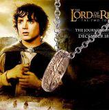 映画主題の金属のリングの吊り下げ式のネックレスリングの円カラー宝石類のギフトの主