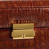 A beleza luxuosa do exemplo cosmético das senhoras carreg a caixa cosmética portátil da caixa
