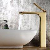Robinet de bassin de chrome de peinture d'or de qualité de Flg