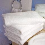 100%serviettes éponge de coton pour l'hôtel et spa
