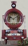 Orologio rustico del piano d'appoggio del metallo di figura del treno dell'oggetto d'antiquariato della decorazione dell'annata
