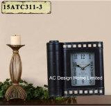Orologio del piano d'appoggio del metallo di figura dell'archivio del nero dell'oggetto d'antiquariato della decorazione dell'annata