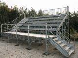 Salvar la plataforma de la estructura de acero del espacio