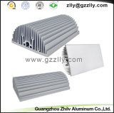 L'alluminio si è sporto dissipatore di calore del pettine del pezzo fuso lavorante