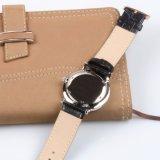 上のブランドの腕時計の人及び女性の高品質の本革のステンレス鋼の腕時計
