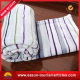 羊毛の競争価格の赤ん坊によって編まれるアクリルのピクニック毛布