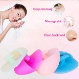 適用範囲が広いシリコーンの顔のブラシ掛け清浄は表面皮のスクラバーにパッドを入れる