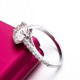 Anello d'argento placcato oro semplice di Moissanite Jennie Bnad 18K di carati del tondo 2 e classico