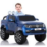 O passeio a pilhas de Volkswagen Amarok no carro, passeio licenciado no carro caçoa o carro elétrico