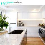 Le blanc de Carrare différents Quartz modulaire préfabriquée Pierre Comptoir de cuisine
