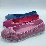 Hotsale FrauenSlip-onflache Schuh-bereift beiläufige Segeltuch-Einspritzung Soem (GJ1710-7)