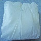 使い捨て可能な防水スーツ、PP+PEのつなぎ服