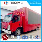 Isuzu LED 스크린 트럭, 6개의 짐수레꾼 이동할 수 있는 LED 스크린 트럭 Xxx 영상, 트럭을 광고하는 LED