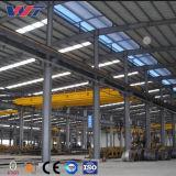 Magazzino del gruppo di lavoro della struttura d'acciaio dell'ampia luce con la gru