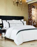 assestamento bianco dell'hotel del ricamo di disegno di lusso cinque stelle