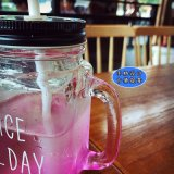 多彩な飲料のためのパターンによって曇らされる表面のガラスビンのメーソンジャー