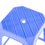 Haltbarer stapelbarer hoher quadratischer Plastikschemel für täglichen Gebrauch